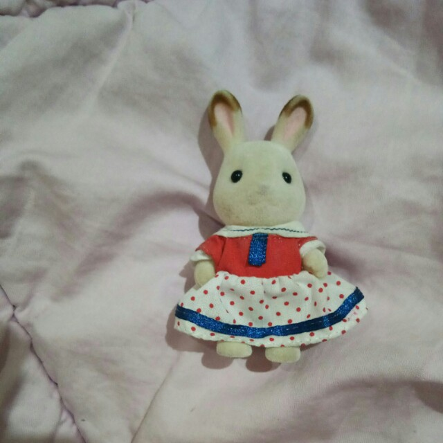 Sister white rabbit sylvanian