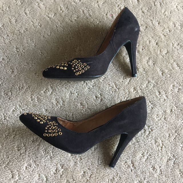 Therapy Heels / Stilettos in Black Size 6 with Gold Studs