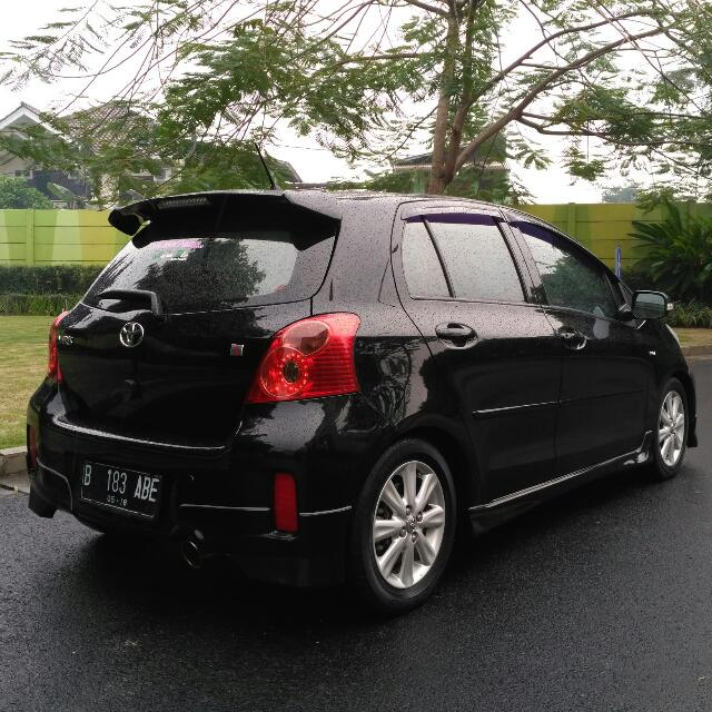 Toyota Yaris S limited Keyless 2013AT siap di Gas
