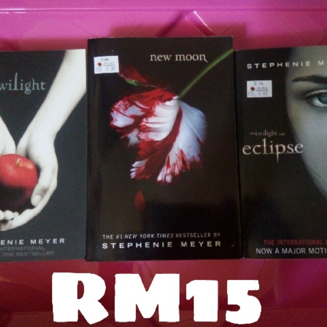 Twilight Series (Sell in bundle)