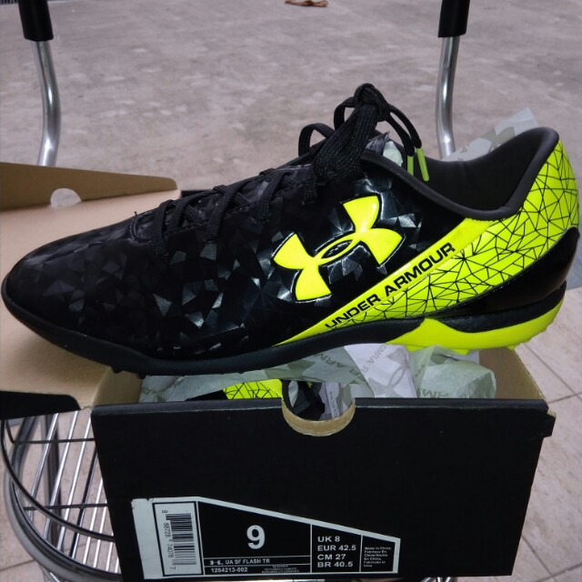 BNIB Under Armour soccer shoes/ boots