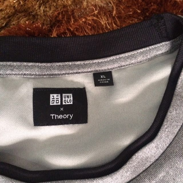 Uniqlo x Theory Tshirt