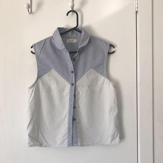 Vanishing Elephant Short Sleeve Button Up size 10
