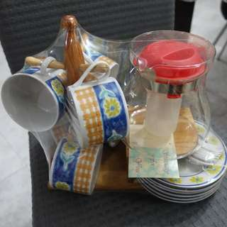 Retro Coffee Aroma Set (Pot, Cups, Saucers And Wooden Rack)