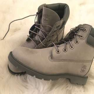 BRAND NEW GREY HIGH TOP TIMBERLANDS