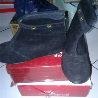 Flat boot 38