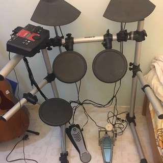 Yamaha DTXPLORE drum set