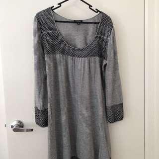 Witchery Shift Dress sz S - work & casual wear