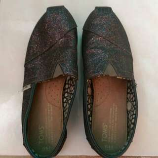 Toms shoes repriced