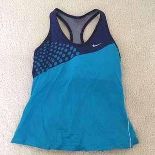 Nike gym top XS