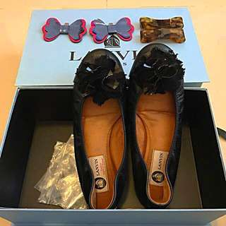 Lanvin shoes with 3 pairs clips