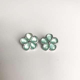 Flower Stud Earings