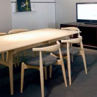 Ch327 dining table with elbow chairs