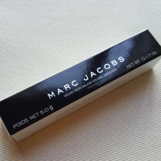 BNIB Marc Jacobs Velvet Noir Major Volume Mascara