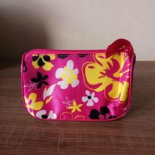 Mini Pouch Pink Bunga