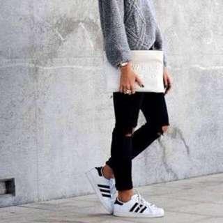 Adidas Superstar's - white & core black