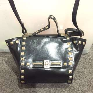 Black small cross body bag with stud