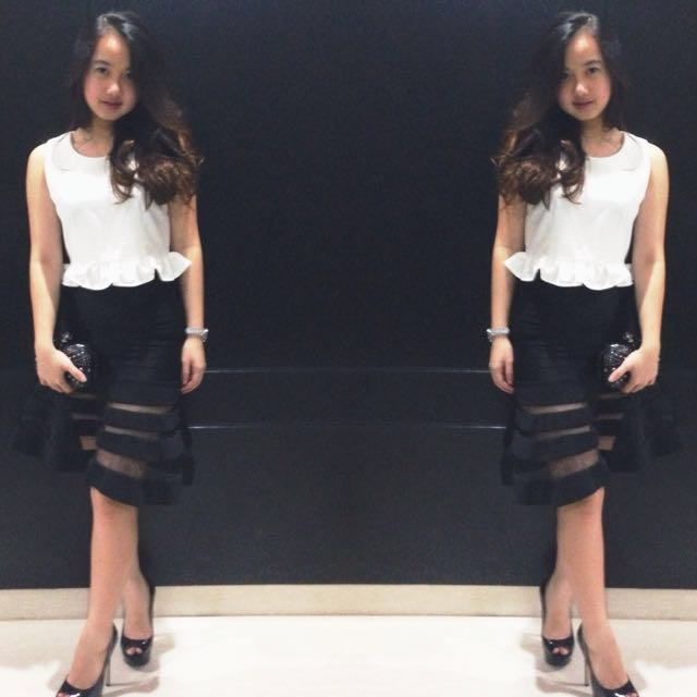1 set white top and black skirt for party