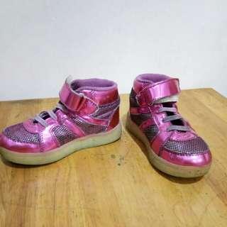 Sepatu fladeo kids size 26