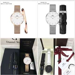 Authentic Daniel Wellington with strap or bangle