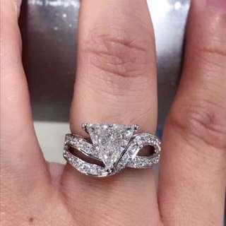 GIA 1.55ct 三角形特色鑽石戒指$28800👍🌟✨💎🉐️
