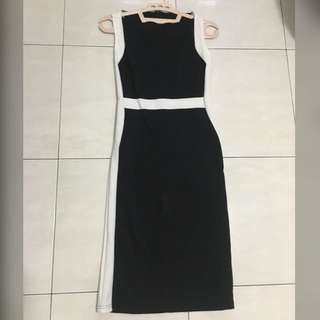 Black list dress