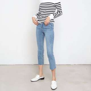 The Willow Label Flare Cropped Jeans