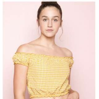 Brandy Melville yellow grid off shoulder top 格仔 露肩