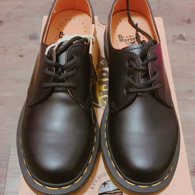 3孔Martens馬丁 女鞋正品