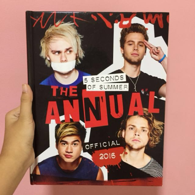 5SOS Official Annual 2016