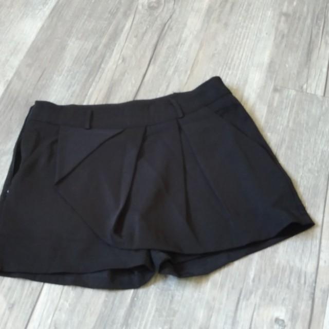 黑色短褲裙