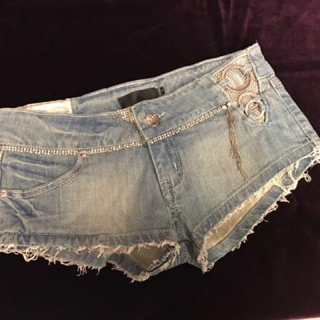 黃淑琦超短造型牛仔短褲