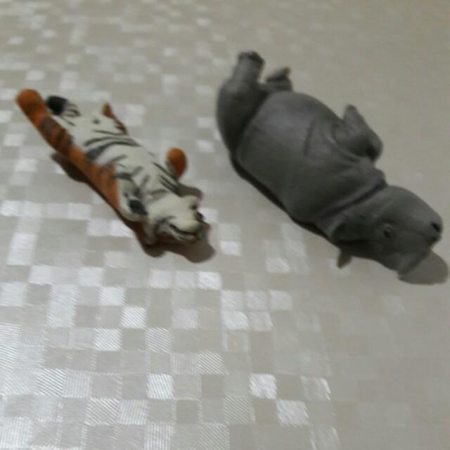老虎與犀牛(含運)