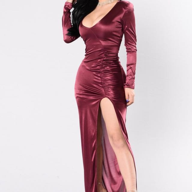 BURGUNDY SILK FORMAL DRESS