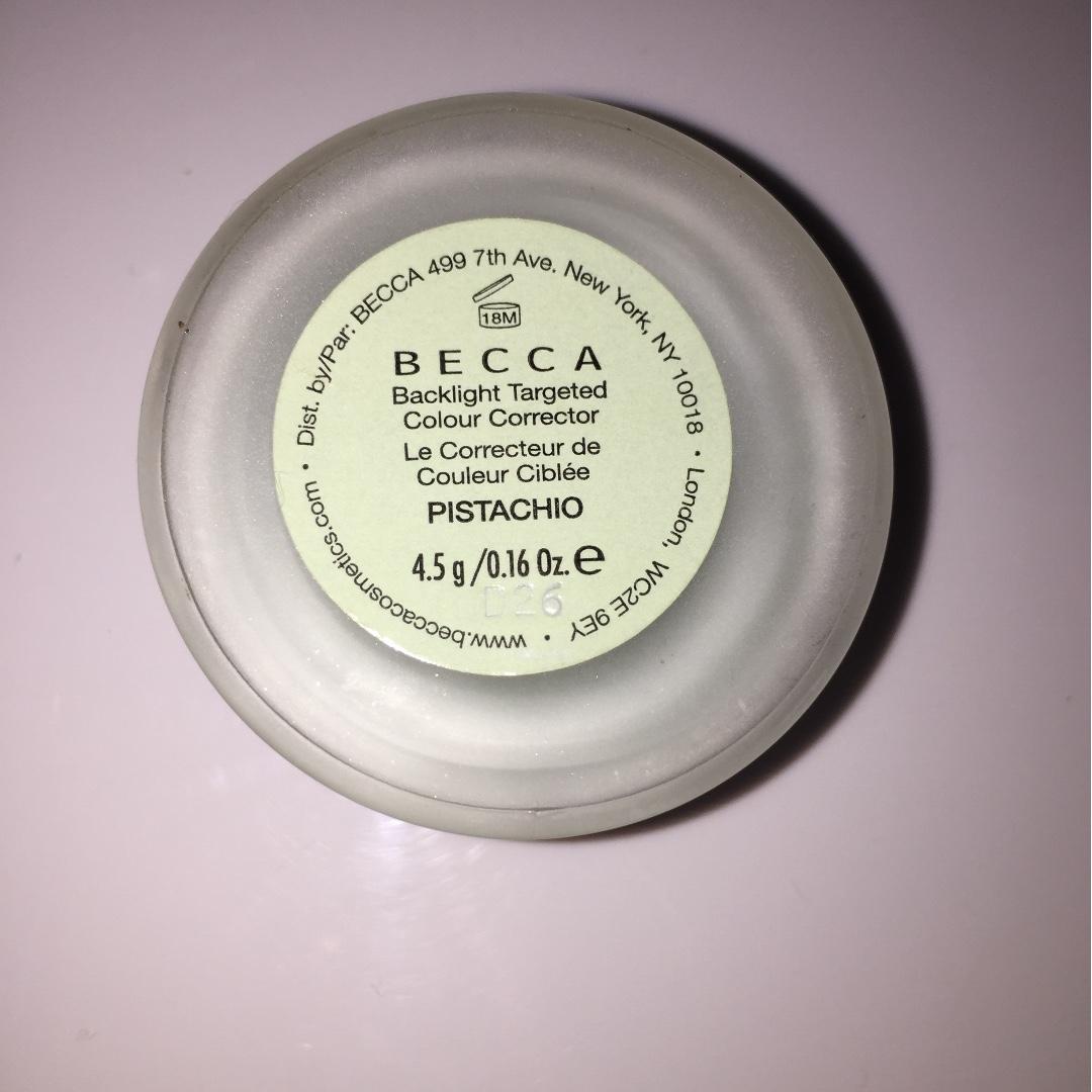 Becca Backlight Targeted Colour Corrector (PISTACHIO)