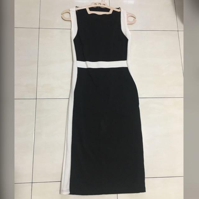 Black list dress
