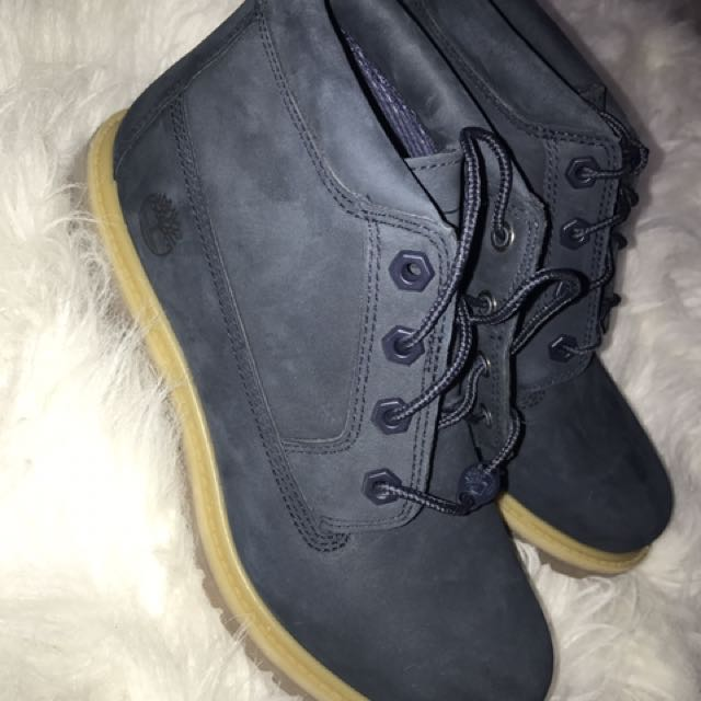 BRAND NEW TIMBERLAND NELLIE BOOTS (NAVY BLUE)