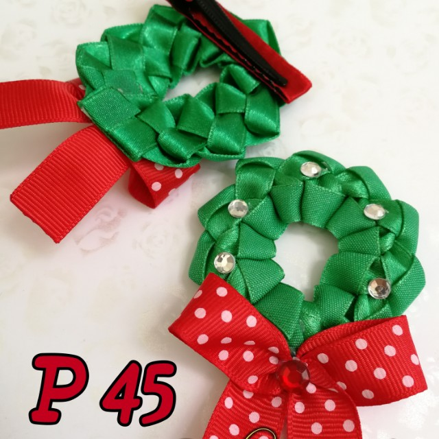 Christmas wreath hairbow