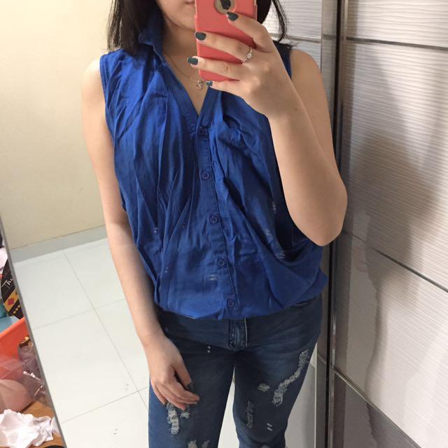 Elle Blue Top