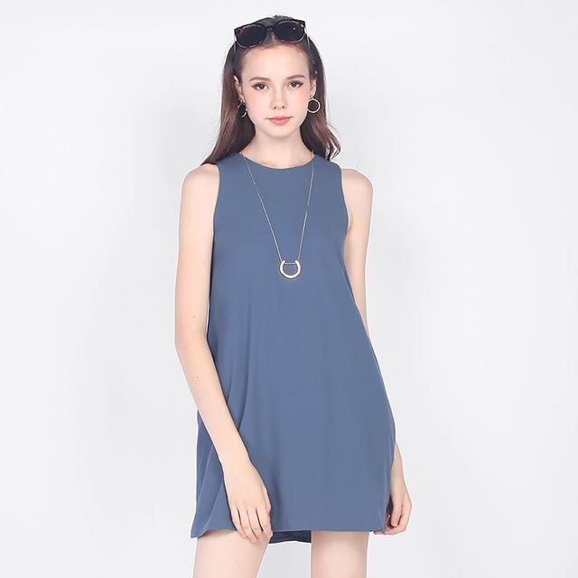 f66c00d41f Fayth Hyde Shift Dress in Ash Blue, Women's Fashion, Clothes ...