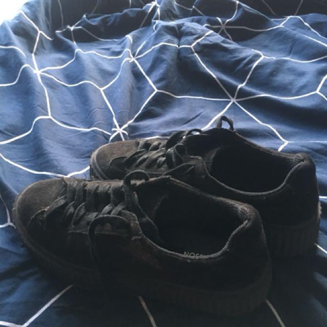 glassons full black shoes