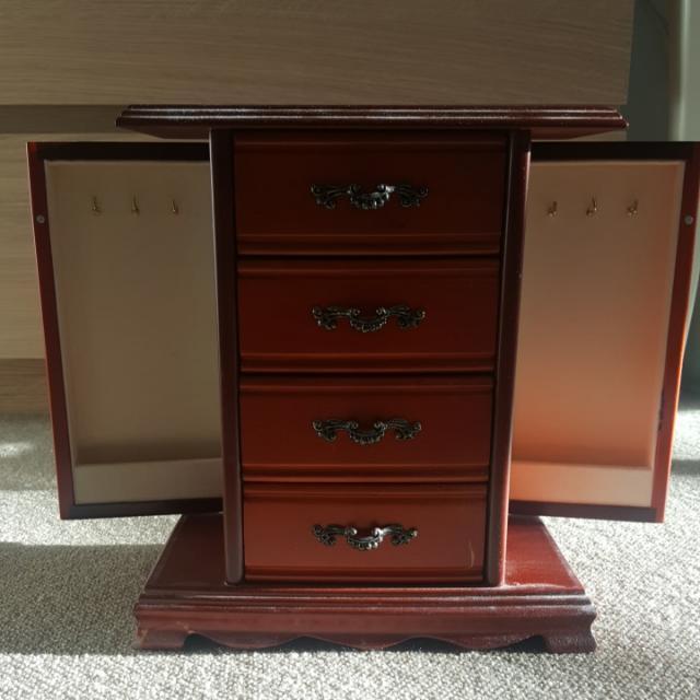Gorgeous Wooden Jewellery Box
