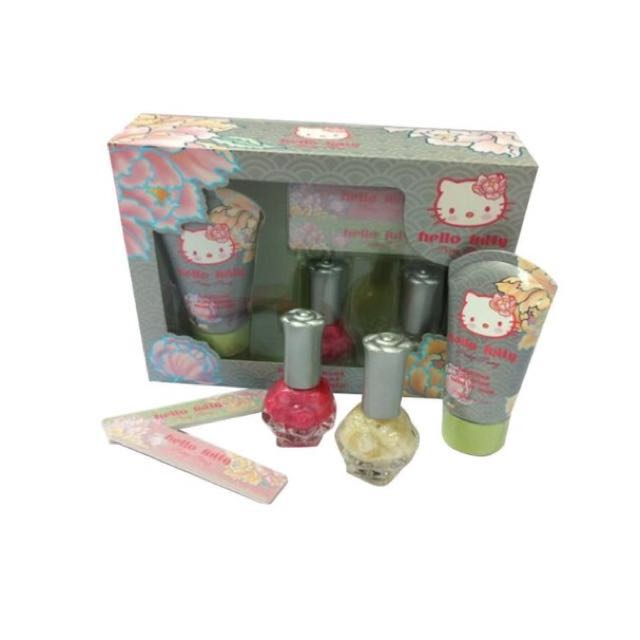 Hello Kitty pretty peony handcare gift set