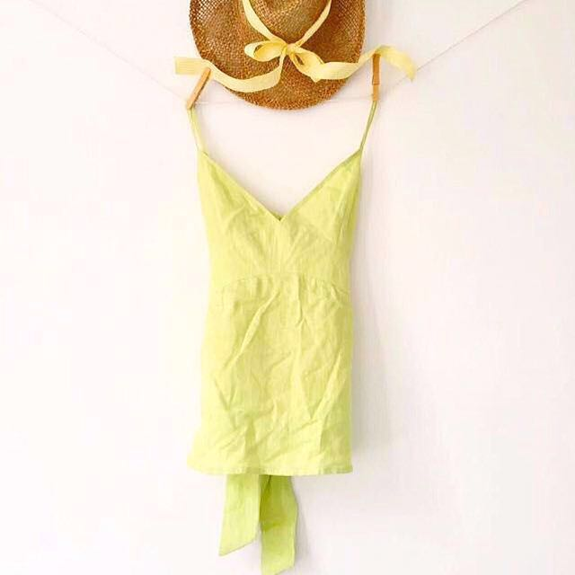 [Island Shop] Irina At The Ice Cream Parlour - Linen Tank In Lime Green With Bow On Back.