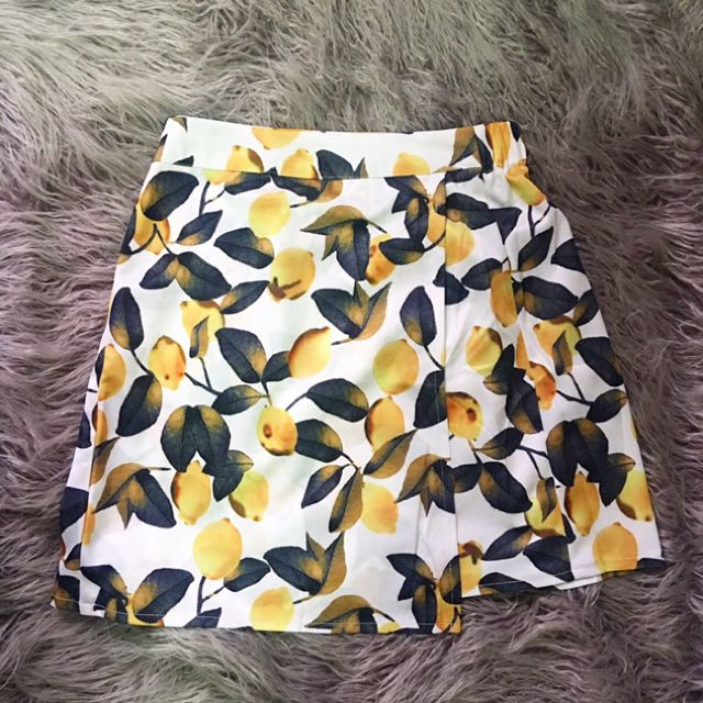 Lemon overlap skirt