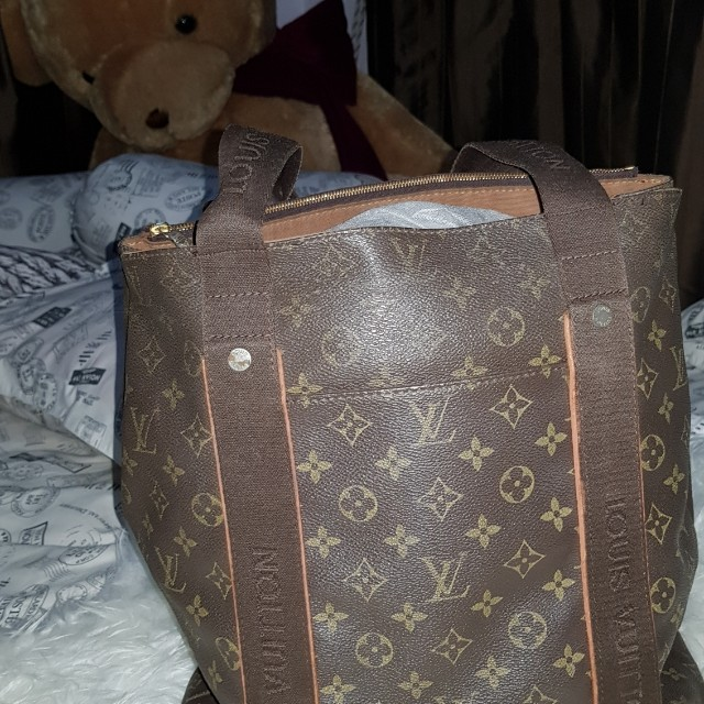 Louis Vuitton LV tote monogram
