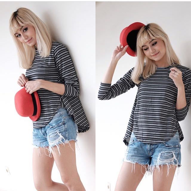 mono scallop top