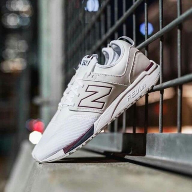 "New Balance 247 ""Plain White/Burgundy"""