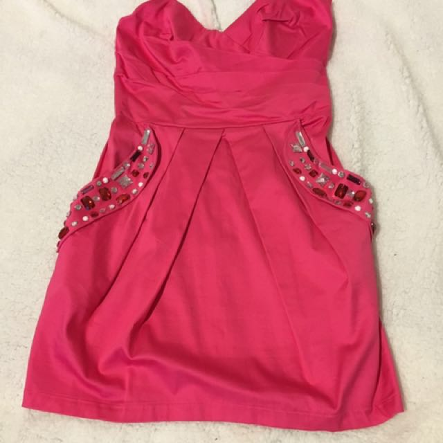 Pink cocktail dress size 6-8