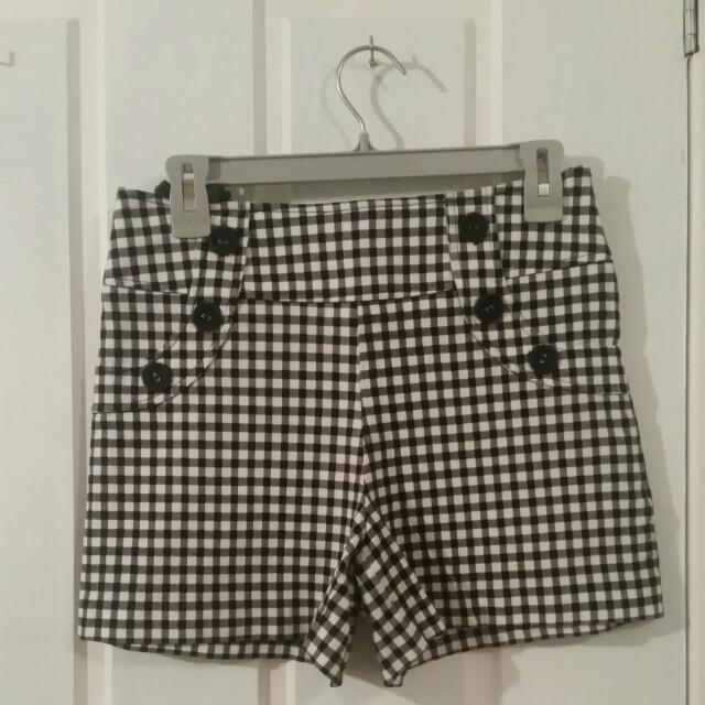 Review shorts & top set